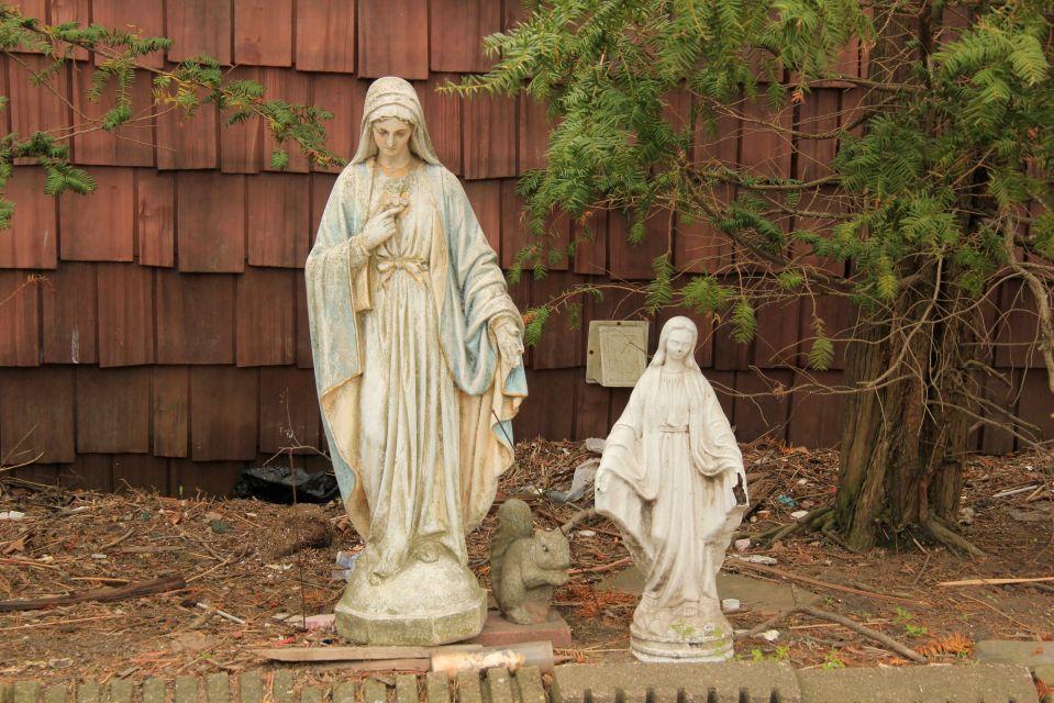 IMG_5129 Statues of Mary in garden Rockaway
