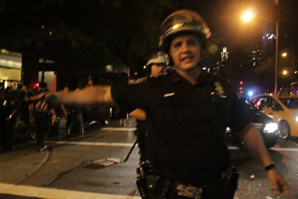 IMG_1571/NYPD riot cop