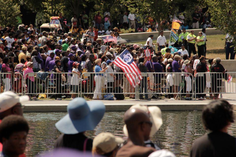 IMG_4047/ObamaFlag/PAF