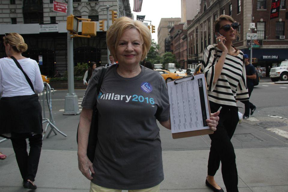Hillary 2016 campaigner