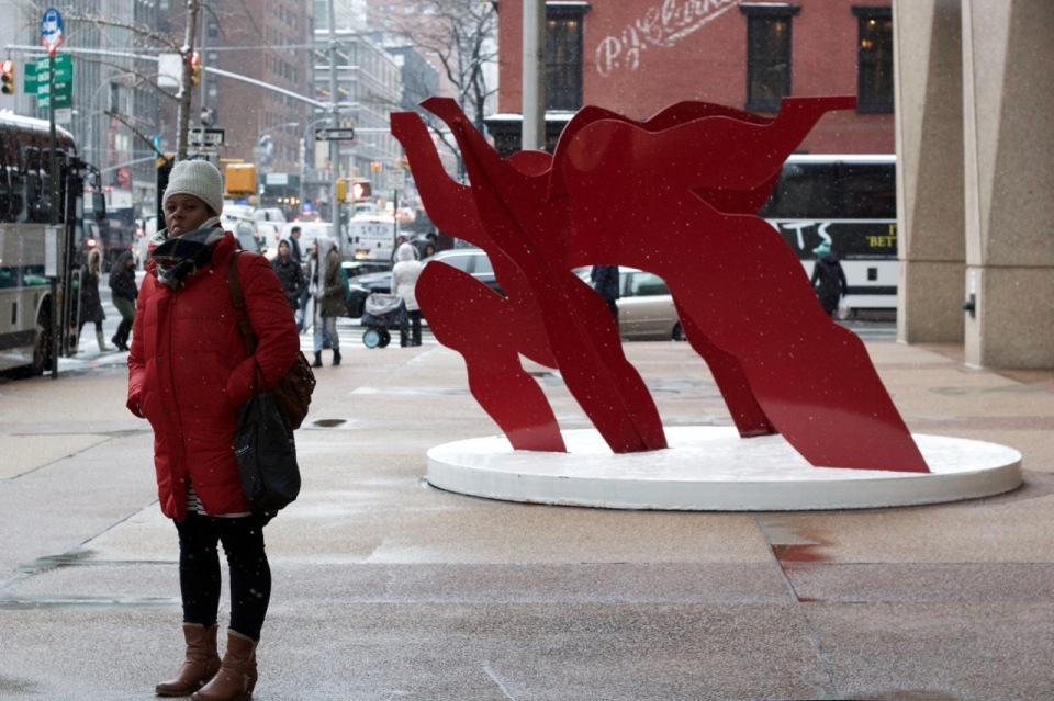 red-coat-bubblegum-girl-sculpture_patti_fogarty